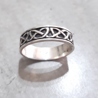 Sterling Silver Celtic Band - Goldfish Jewellery Design Studio