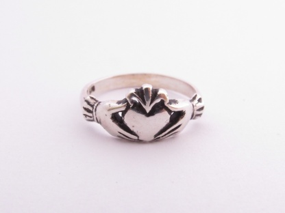 Sterling Silver Claddagh Ring - Goldfish Jewellery Design Studio