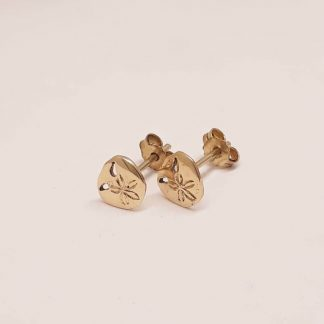 9ct Yellow Gold Dainty Pansy Shell Earrings | Goldfish Jewellery Design Studio
