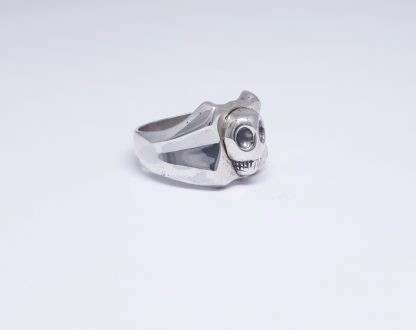 Sterling Silver Alien Skull Shield Signet Ring - Goldfish Jewellery Design Studio