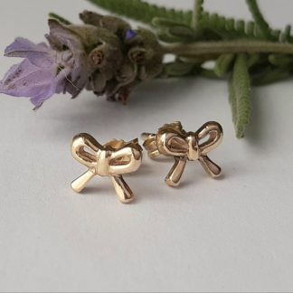 9ct Yellow Gold Dainty Bow Stud Earrings